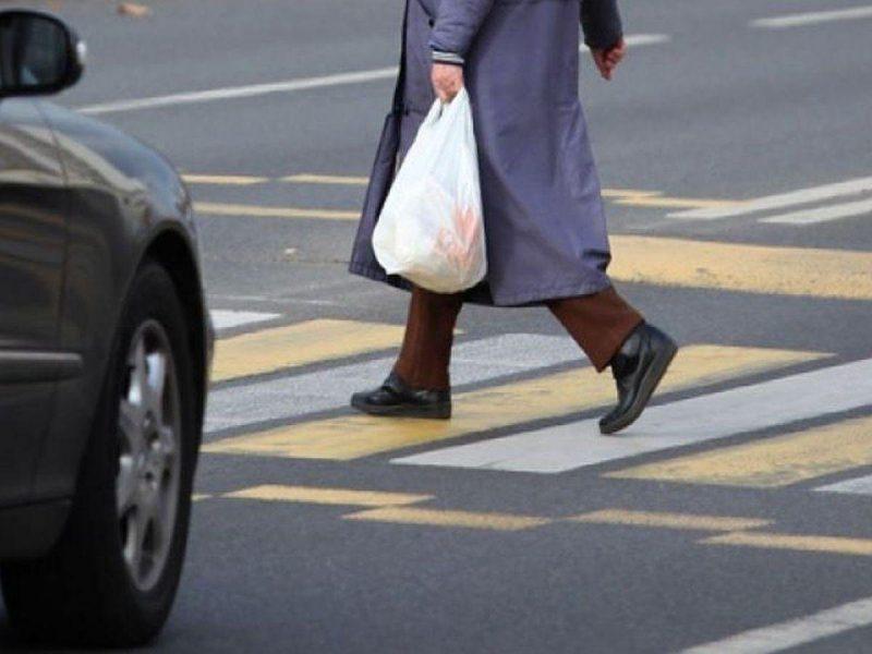 В Брянске на пешеходном переходе сбили пенсионерку