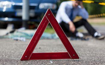 В Брянске на пешеходном переходе сбили женщину с ребенком