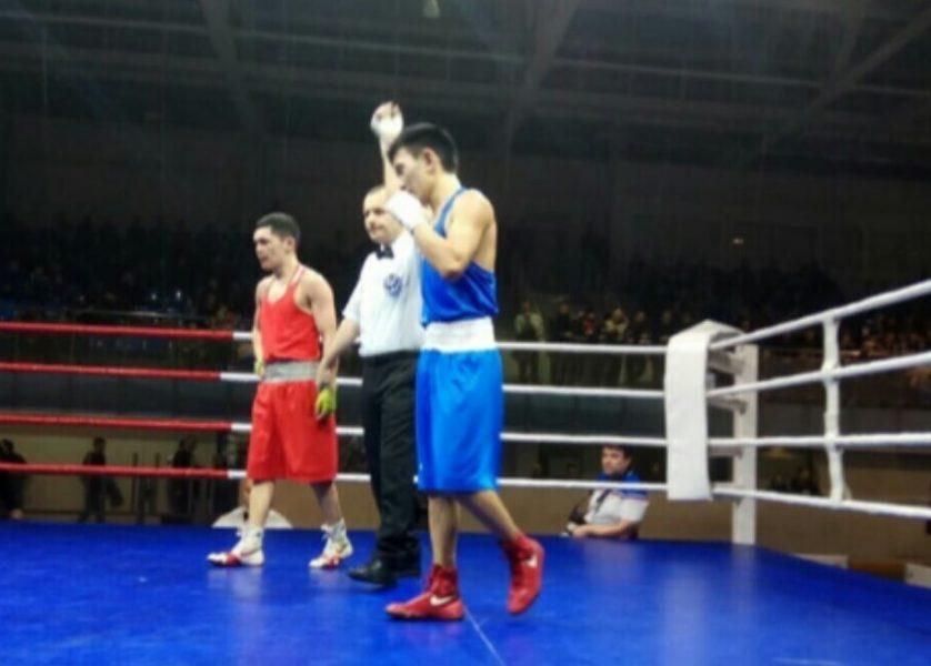 Брянский боксер Денис Лаврушин взял бронзу FIGHTPRO