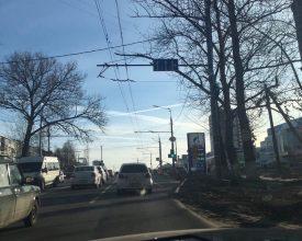 В Брянске запретили поворот на переулок Пилотов со стороны Объездной