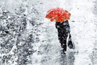 Брянцам в четверг пообещали снег с дождем и гололедицу