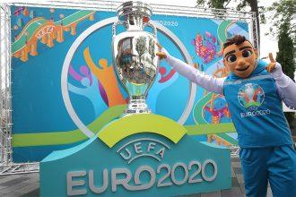 Брянцы смогут получить на почте паспорт болельщика Евро-2020