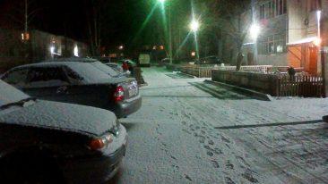 Брянский посёлок Локоть накрыло снегом