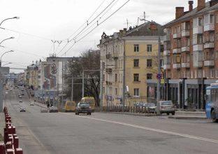 В Брянске на проспекте Ленина автобус врезался в маршрутку