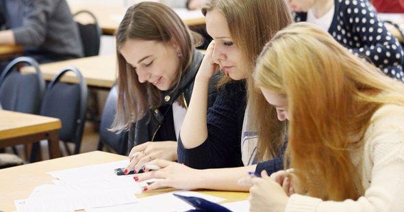 Брянские колледжи и школы признали самыми качественными