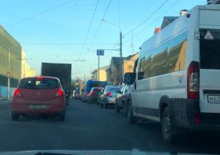 В Брянске пожаловались на пробку из-за новых светофоров