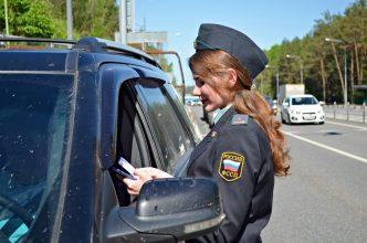 Брянские приставы ловили на дороге водителей-должников