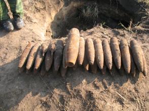 В Почепском районе нашли склад боеприпасов