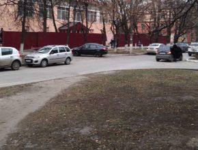 В Брянске БГТУ решил отгородиться от мира забором