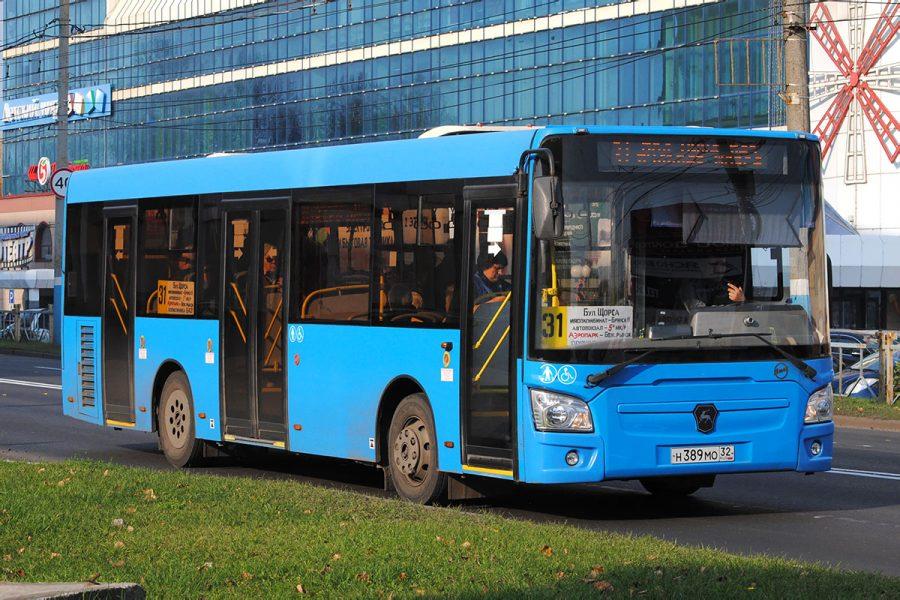 В Брянске автобус №31 стал чаще ходить по выходным дням