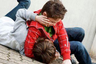 В Новозыбкове школьнику во время драки выбили три зуба