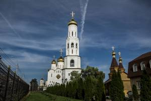 Брянские храмы открылись для прихожан