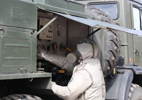 Брянские военные провели масштабную дезинфекцию
