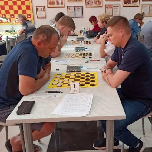 Брянец победил на всероссийских соревнованиях по шашкам «Таманский полуостров»