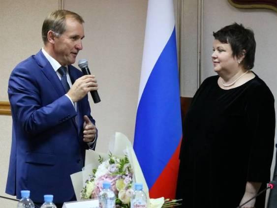 Руководители Брянска поздравили горожан с Днем защитника Отечества