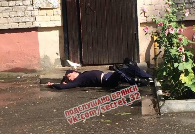 В Брянске сообщили о пристающем к детям алкоголике
