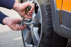 Брянских водителей призвали сменить летние шины на зимние