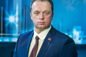 Депутат Сергей Антошин поздравил брянцев с Новым годом