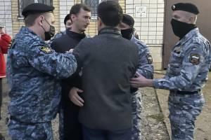 «У них команда сорвать эфир»: о задержании брянского депутата