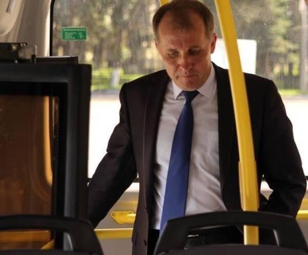 Прокуратура высекла брянского мэра Макарова за транспортную реформу