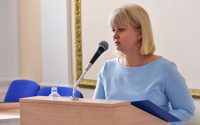 Брянская чиновница Кулешова потребовала от подчиненных подписаться на «Стрелу»