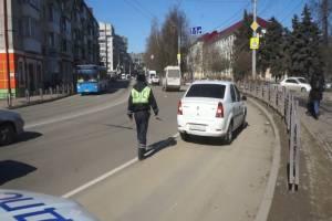 В Брянске началась охота на таксистов-нелегалов