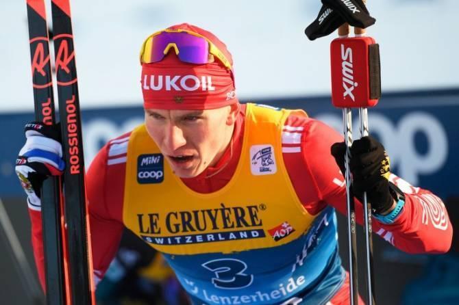 Брянский лыжник Большунов сбил финна и замахнулся на соперника палкой