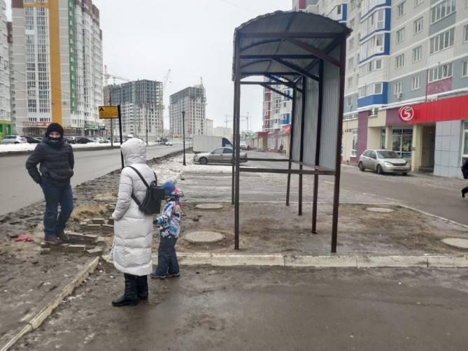 В Брянске «Городской» добился появления крытой остановки на Горбатова
