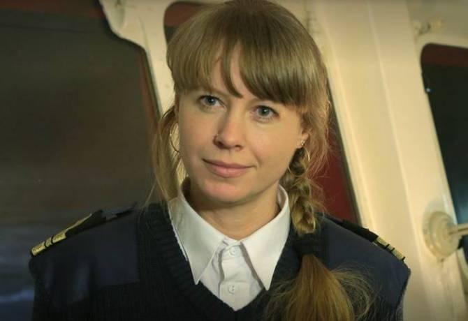 Брянская учительница стала помощником капитана на ледоколе