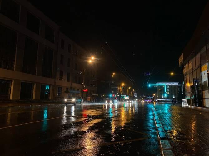 На Брянск второй раз за день обрушился ливень с грозой