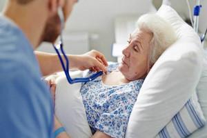 В Брасовской больнице ищут врача-гериатра