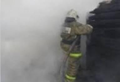 В Жуковке сгорела крыша жилого дома