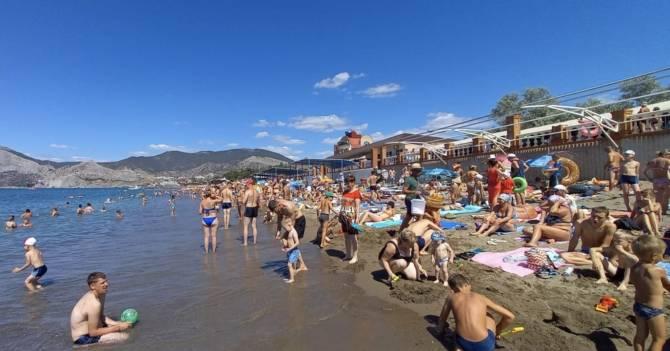 Брянцы штурмуют переполненные пляжи Крыма и Сочи