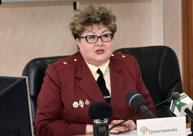 Брянский Роспотребнадзор ищет вирусолога на 12 тысяч рублей