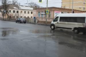 В Брянске расхлёбывают последствия позорного ремонта улицы Калинина