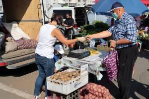 Брянцы смели с прилавков дешевый картофель