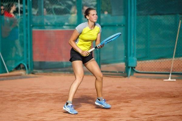 Брянская теннисистка Влада Коваль вышла в финал чемпионата России