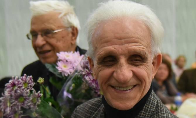 Брянский художник Алексей Ткачёв готовится отметить 95-летний юбилей