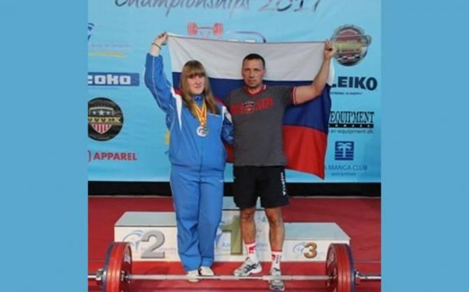 Брянская спортсменка стала мастером спорта России по пауэрлифтингу