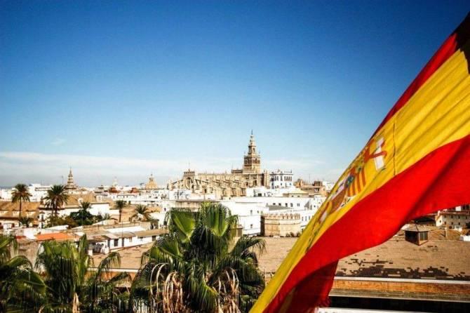 Заразившаяся коронавирусом брянская пенсионерка приехала из Испании