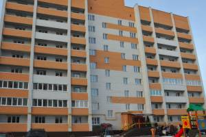 В Брянской области своего жилья ждут около 2 тысяч сирот