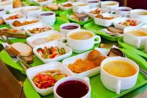 Брасовских учеников начальных классов обеспечили горячим питанием