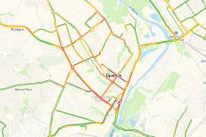 Брянск в понедельник сковали глухие автомобильные пробки