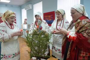 В Гомеле открылась выставка народного мастера Брянщины