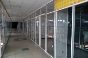 В Брянске арендаторы массово покинули гипермаркет «Линия»