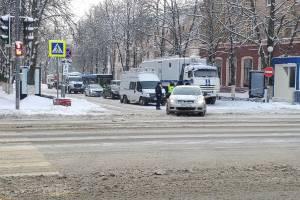 «Городской» ведёт прямой эфир с брянской акций протеста в социальных сетях