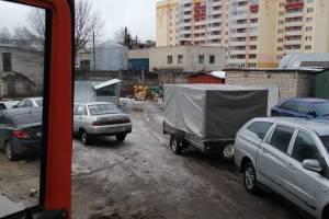 Автохамы устроили «мусорный коллапс» в новогоднем Брянске