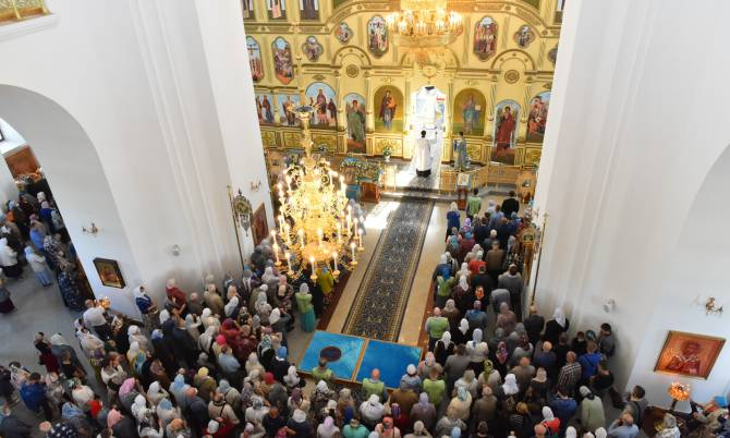 В храмах Брянщины из-за COVID ограничат численность богослужений