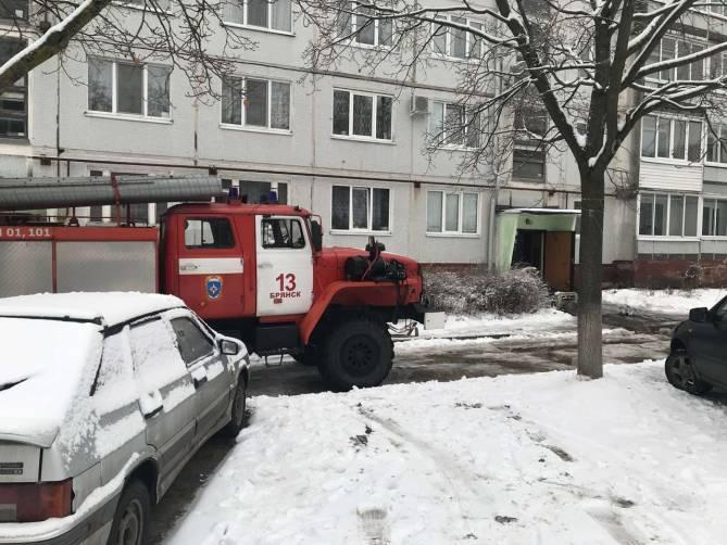 В Брянске при пожаре в Бежице пострадал человек