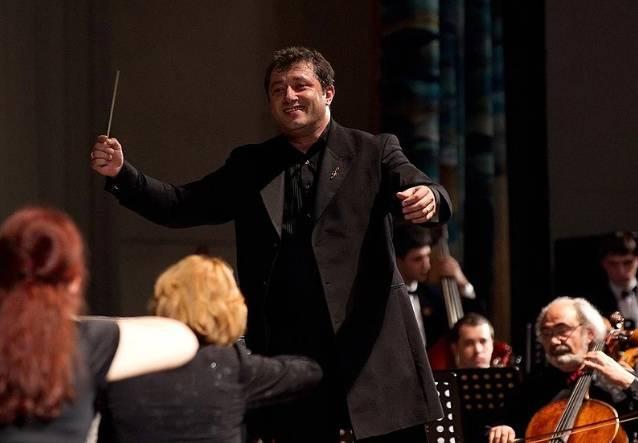 Для брянцев сыграет симфонический оркестр Эдуарда Амбарцумяна
